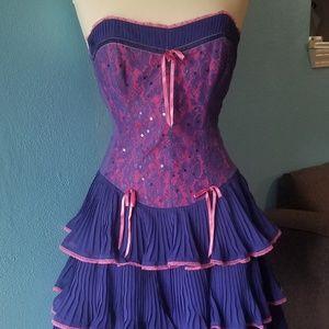 Purple Chiffon Lace Size 8 Betsey Johnson DRESS